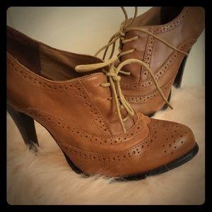 Aldo brown heeled oxfords